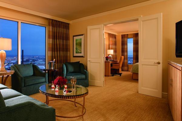Ritz-Carlton Cleveland 3